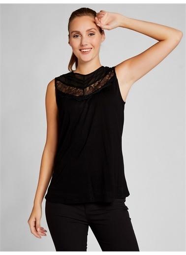 Vekem-Limited Edition Dantel ve Şifon Detaylı Bluz Siyah